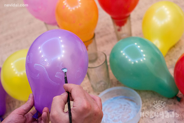 Как сделать светящееся шар своими руками в домашних условиях